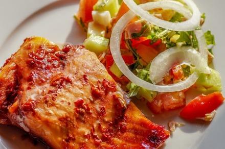 salmon-2681943_640